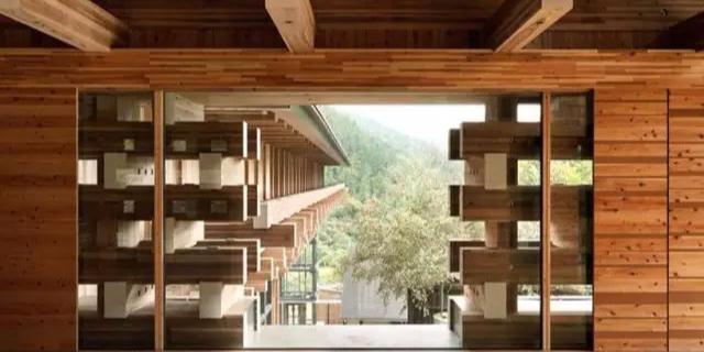 隈研吾木建筑两例