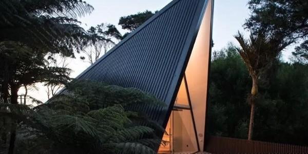 新西兰雨林中的帐篷形度假住宅
