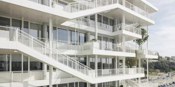 创新露台花园办公楼