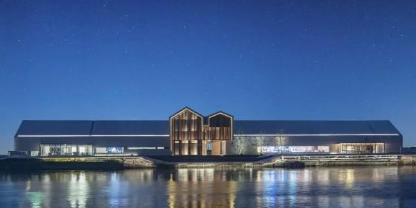浪漫!建筑就像一艘白色大船,这是京杭大运河的最美「漂浮长廊」